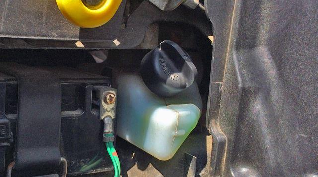 冷却水タンク