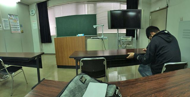 中央バス自動車学校の教室
