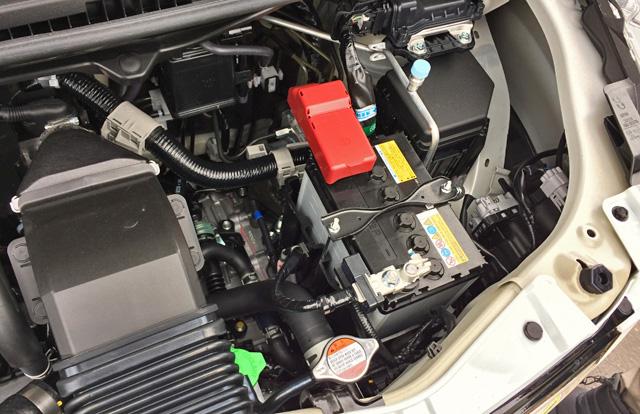 バッテリーと発電機(モーター機能付き)