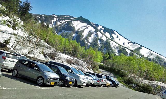 カミホロ荘の駐車場