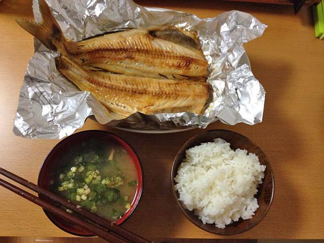 焼き魚・ほっけ定食。