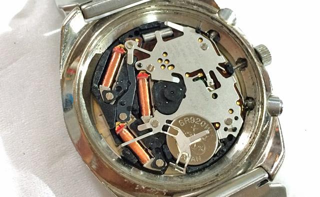 時計内部。