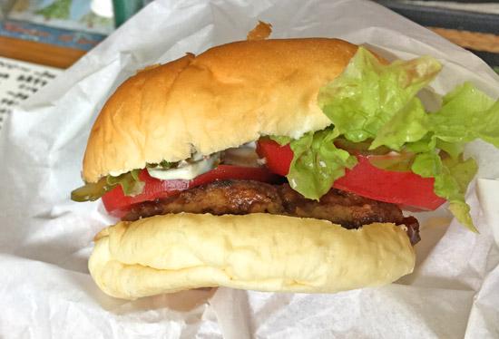 白老牛の贅沢ハンバーガー