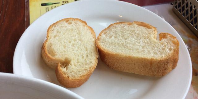 フランスパン。