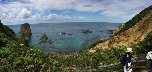 積丹ブルー、積丹岬が広がります。