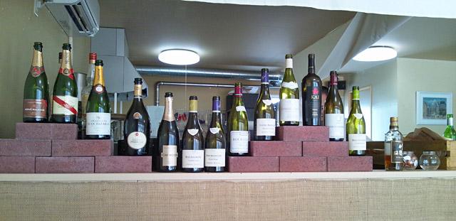 ワインも豊富。