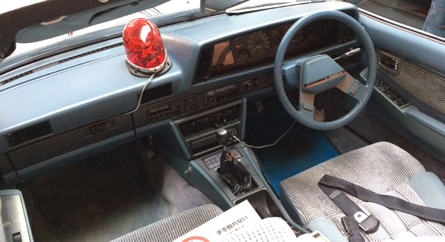 ガゼールの運転席・ダッシュボード