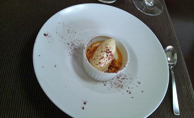 バニラアイスのデザート