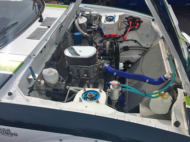 マツダサバンナRX-7レース車両 エンジンルーム