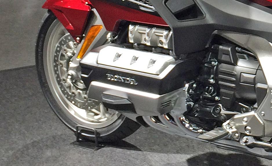 ホンダ水平対抗エンジン 1800cc
