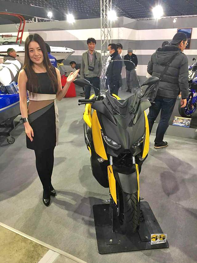 新型X-MAX250cc