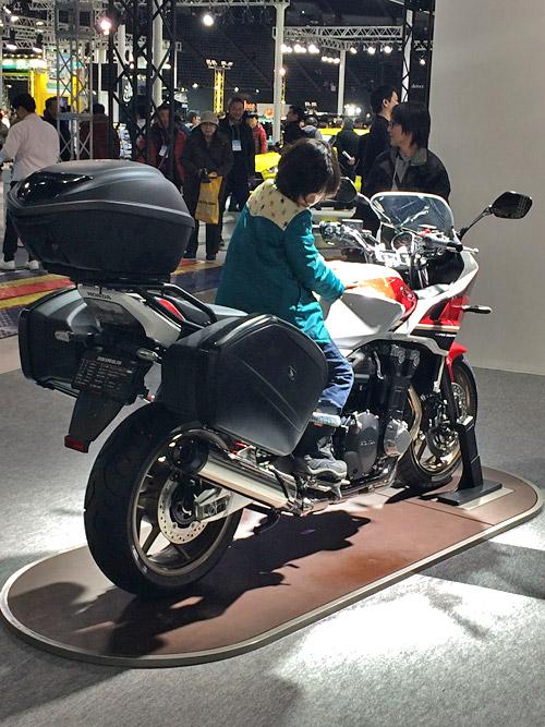札幌モーターショーCB1300 SUPER BOL D'OR