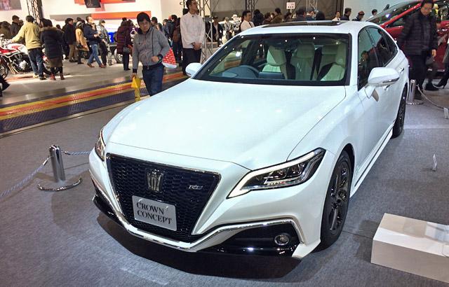 札幌モーターショー新型クラウンコンセプト