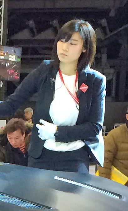 札幌モーターショー、NMB48山本彩のそっくりさん