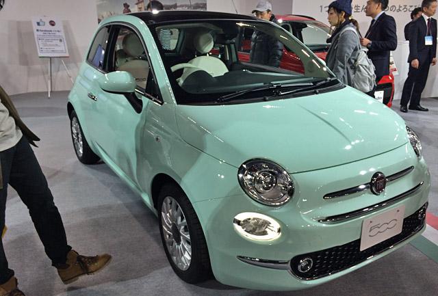 札幌モーターショーフィアット500