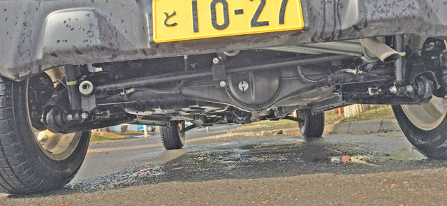 乗り心地の悪い車軸懸架のITLサスペンション形式