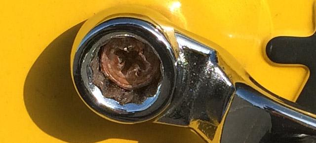 工具としての精度は低いダイソーのメガネレンチ