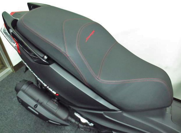 ジョイマックス125ccのシート