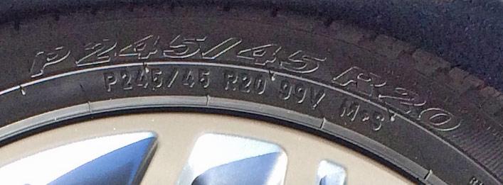 タイヤインチサイズ_245/45/R20