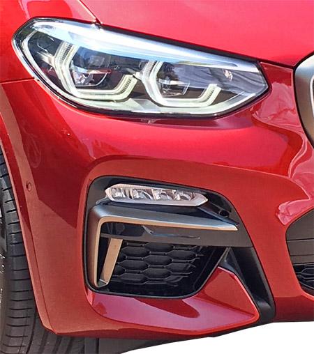 BMW X4 M40iのフォグライト