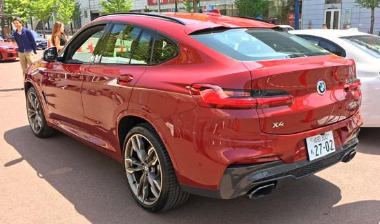 BMW X4 M40iのリアビュー