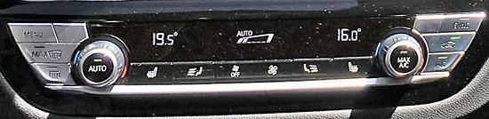 BMW X4 M40iのエアコン調節スイッチ