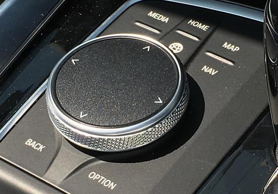 i-Drive コマンド コントローラー