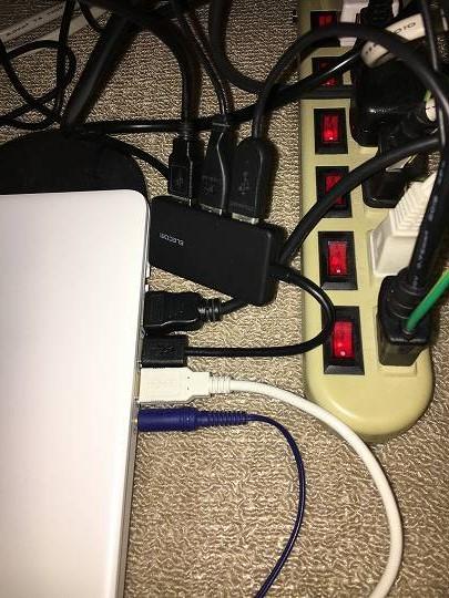 延長コードとハブのコネクタは問題なし。