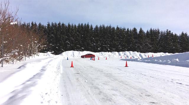 A250雪上急速発進