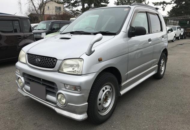 ダイハツの軽SUV、テリオスキッド・エアロダウンカスタム