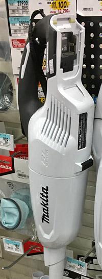 空気入れや、掃除機にもバッテリーが使えます。