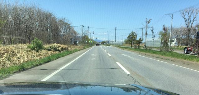 ACCカメラは路側帯とセンターラインを検知する