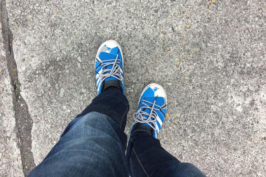 シュミレーター教習なので長靴ブーツではありません。