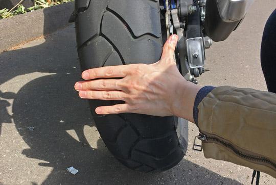 NC750XDCTのリアタイヤの太さは16cm