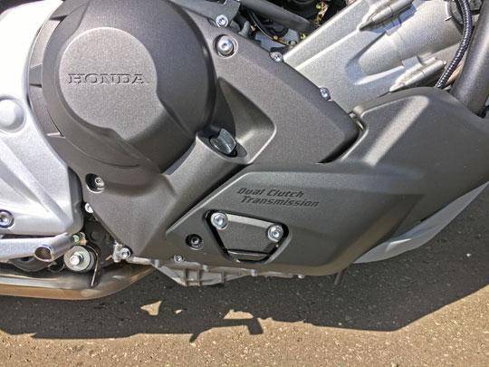 NC750XDCTはオートマ免許で乗れるDCTです。