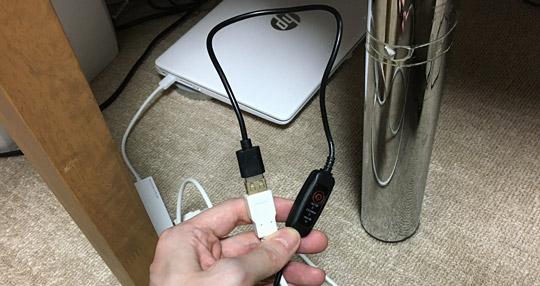 パソコンに接続したEK-303