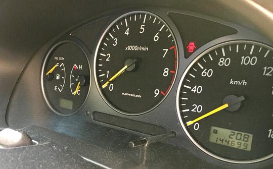 GDインプレッサWRXのスピードメーターとタコメーター