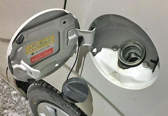 ワゴンRの給油口