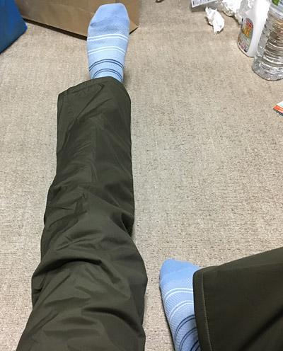 足を伸ばして